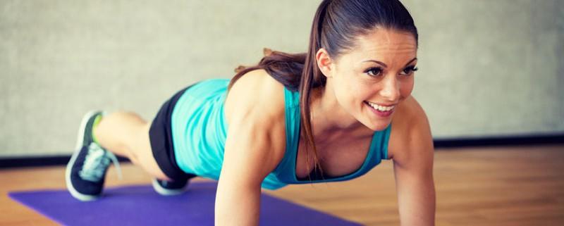 Q10-Profi - 5 gute Gründe für Planks - Unterarm Planks